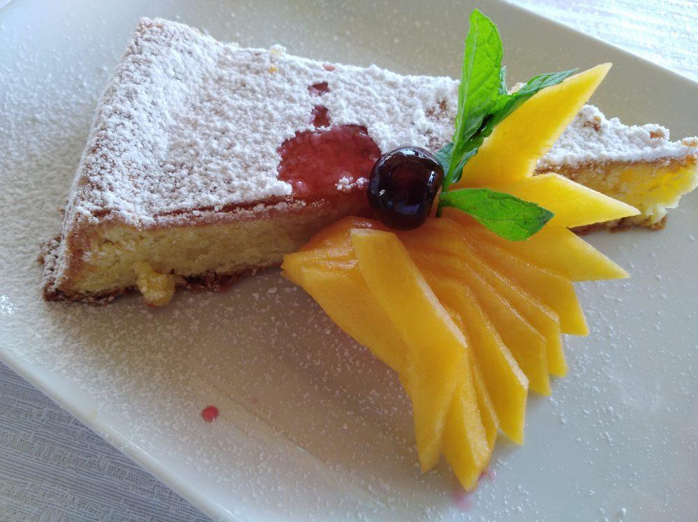 Ristorante Melchio', Caprese al limone, con aroma alla mandorla