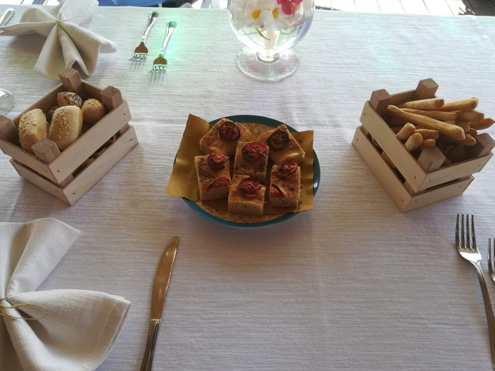 Ristorante Melchio' Pani, grissini e pizzette