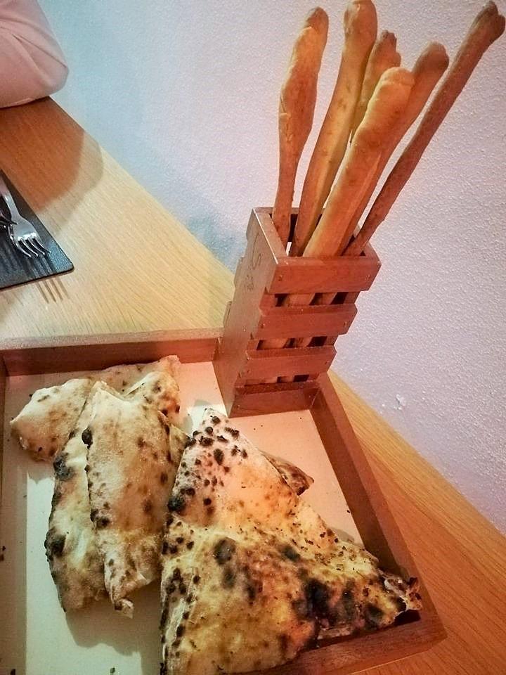 Sce Sce - Il pane focaccia fatto in casa e grissini