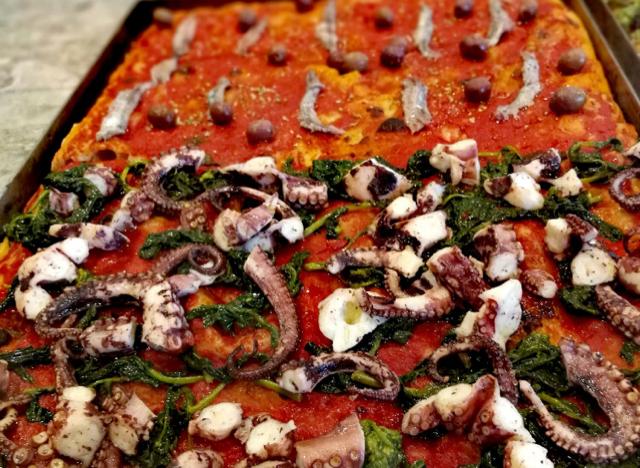 Sciue' Pizzainteglia - Pizza Polpo e Pizza Marinara