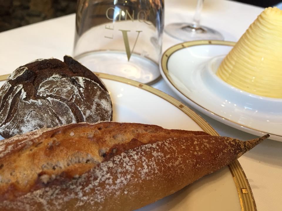 Le Cinq, pane e burro