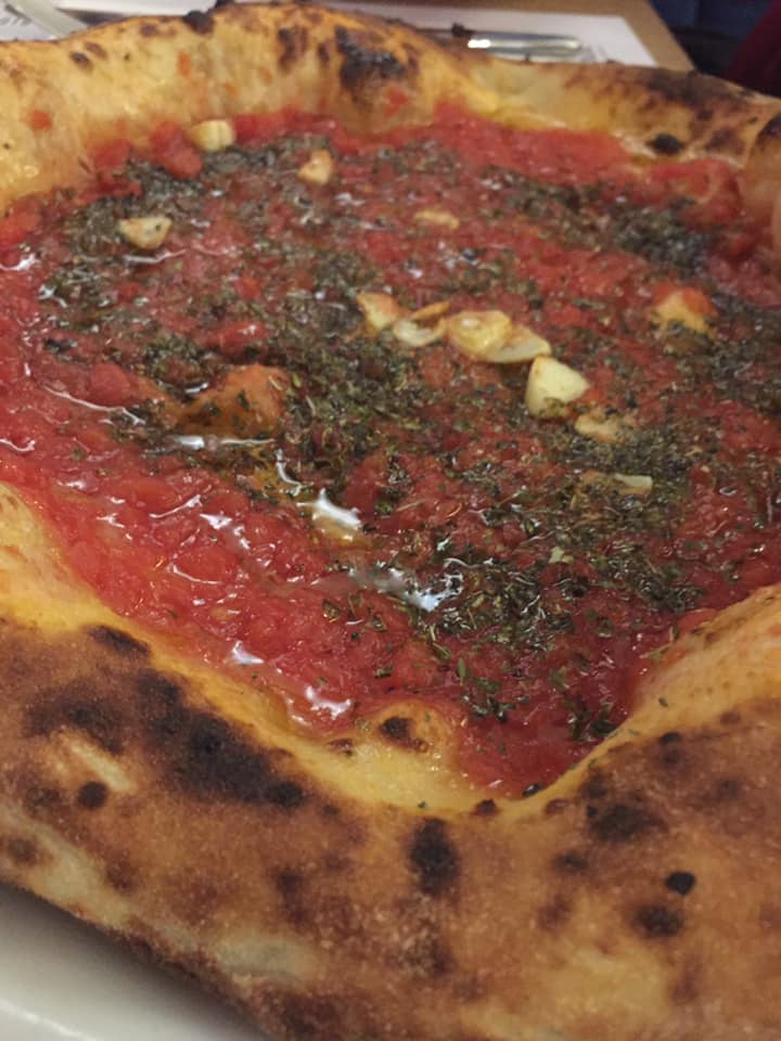 Pignalosa Pizzeria Salerno, la marinara