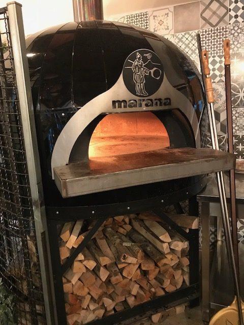 Basilico di buona pizza - forno