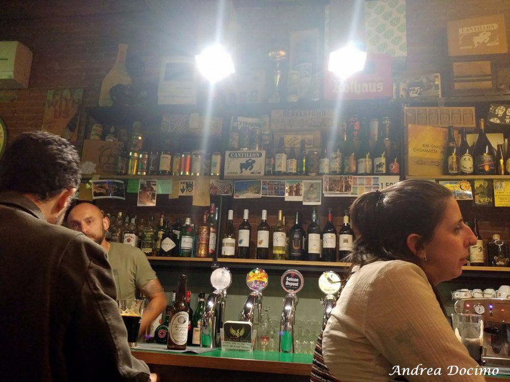 Diorama Pub a Firenze. Il banco
