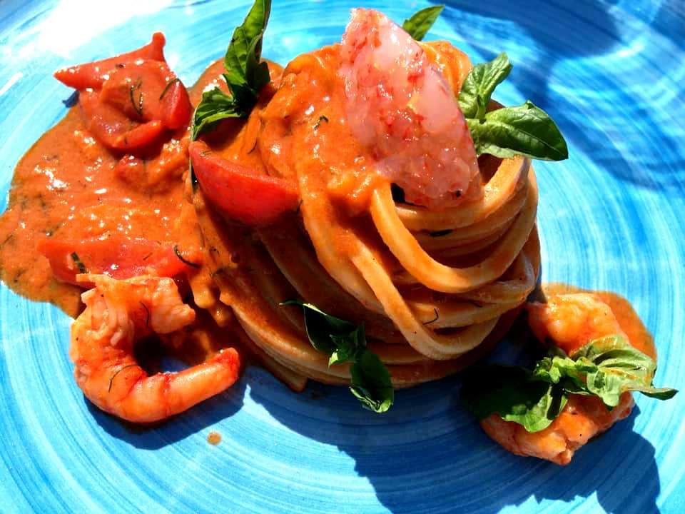 La Palette - Spaghettone Quadrato, Pomodorini, Crudo e Cotto di Gambero Rosso
