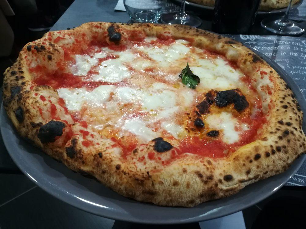 Pizzeria Napul'e' - La margherita