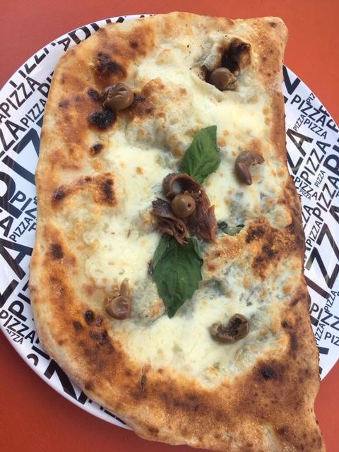 Pizzeria Mary Rose - Ripieno Sapore di Napoli