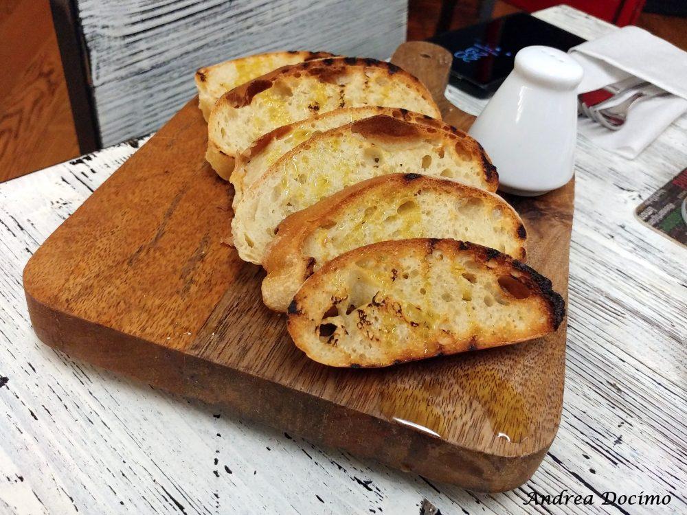 Terrae Motus a Caiazzo. Il pane con l'olio extravergine d'oliva caiazzana