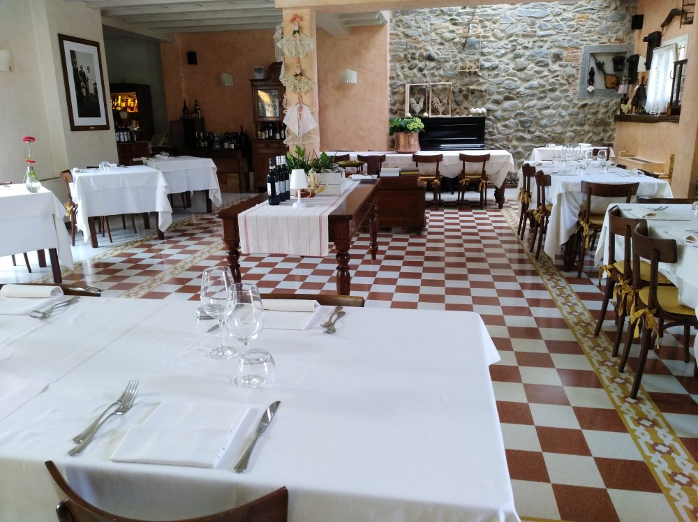 Trattoria Visconti, Sala interna