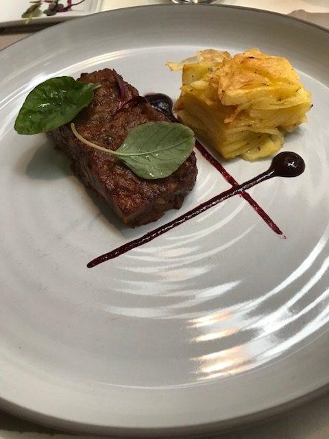Tre Farine - Stracotto, patate e ribes