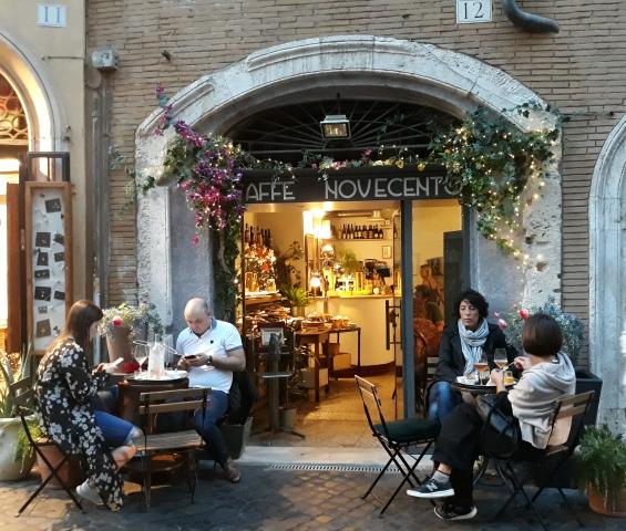 Caffe' Novecento - l'entrata