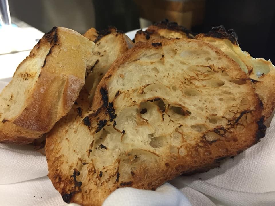 13 Salumeria e Cucina, pane caldo