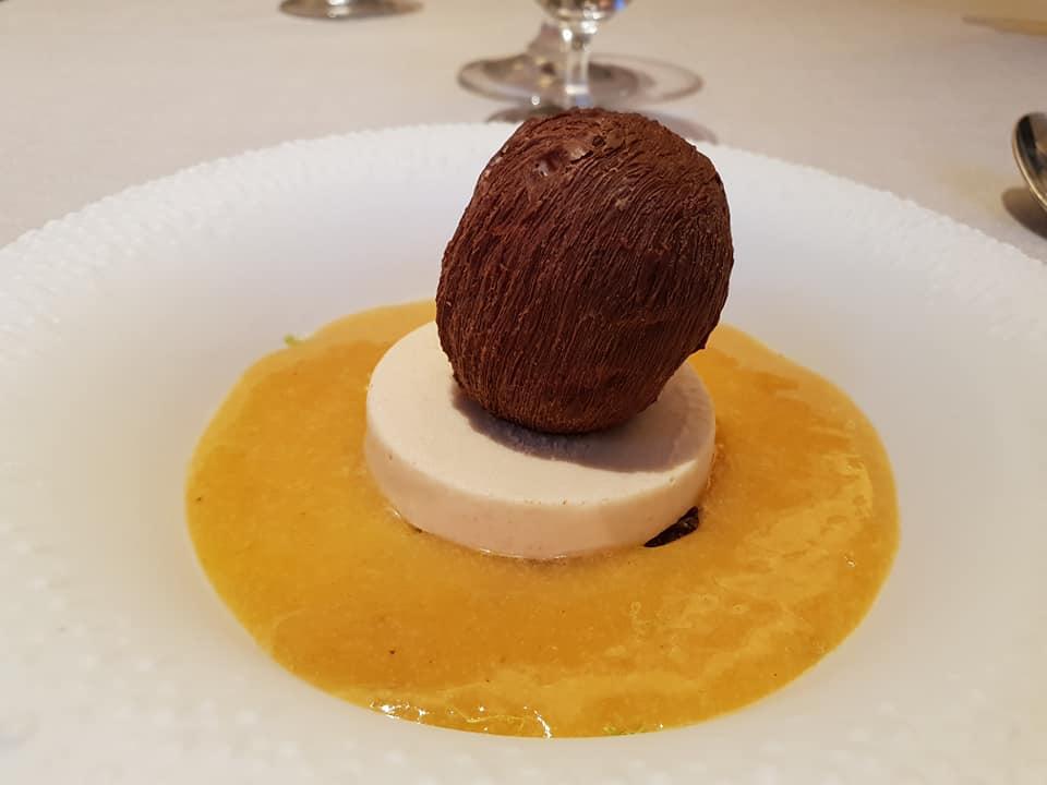 Antonino Cannavacciuolo: Cocco, ananas e arachidi