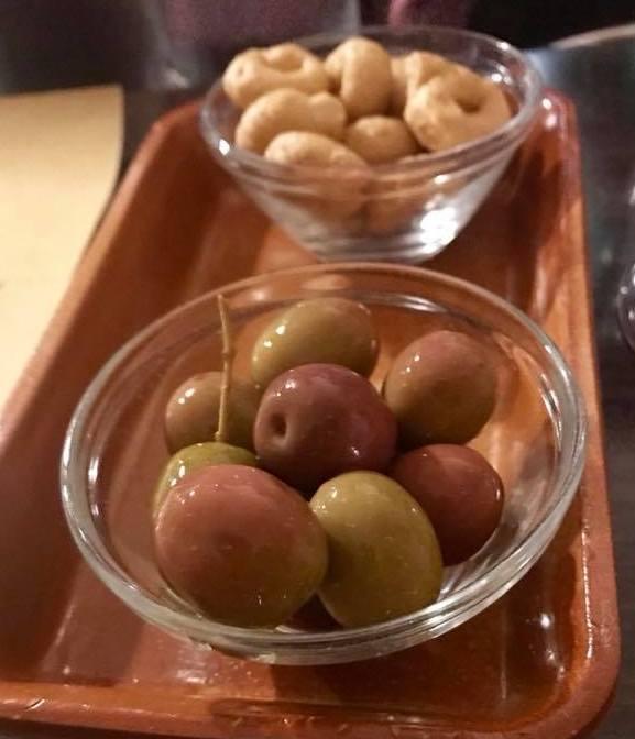 Trippa a Milano, olive e taralino