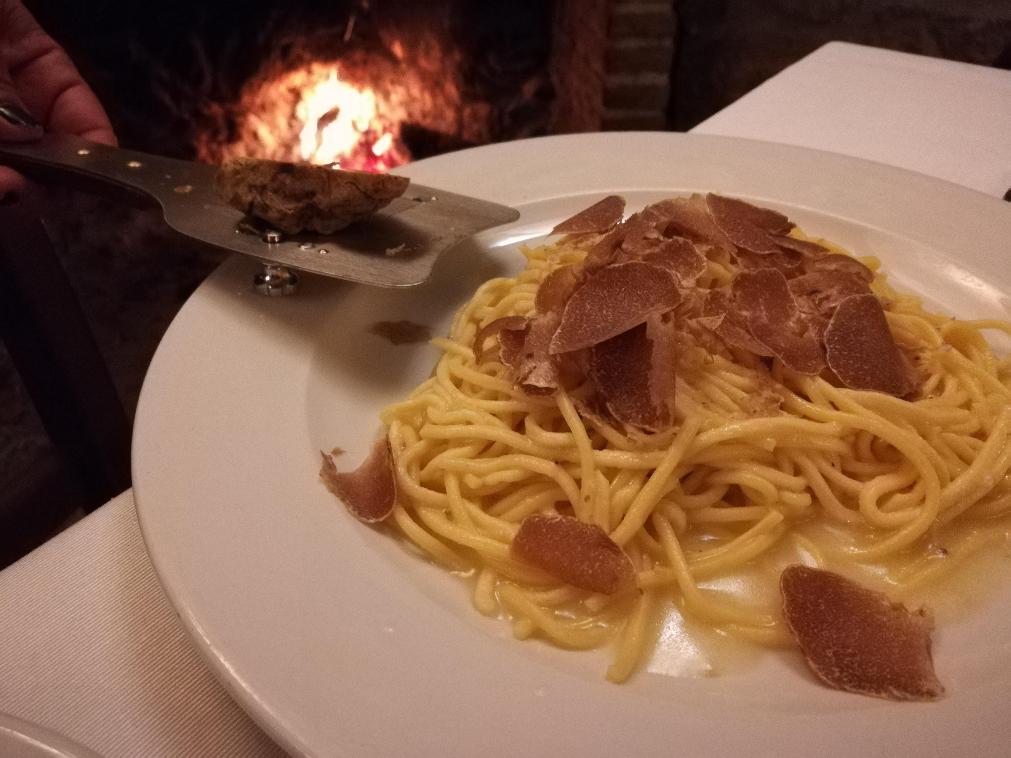 Country House Bacco e Bivacco - Tagliolini al tartufo bianco