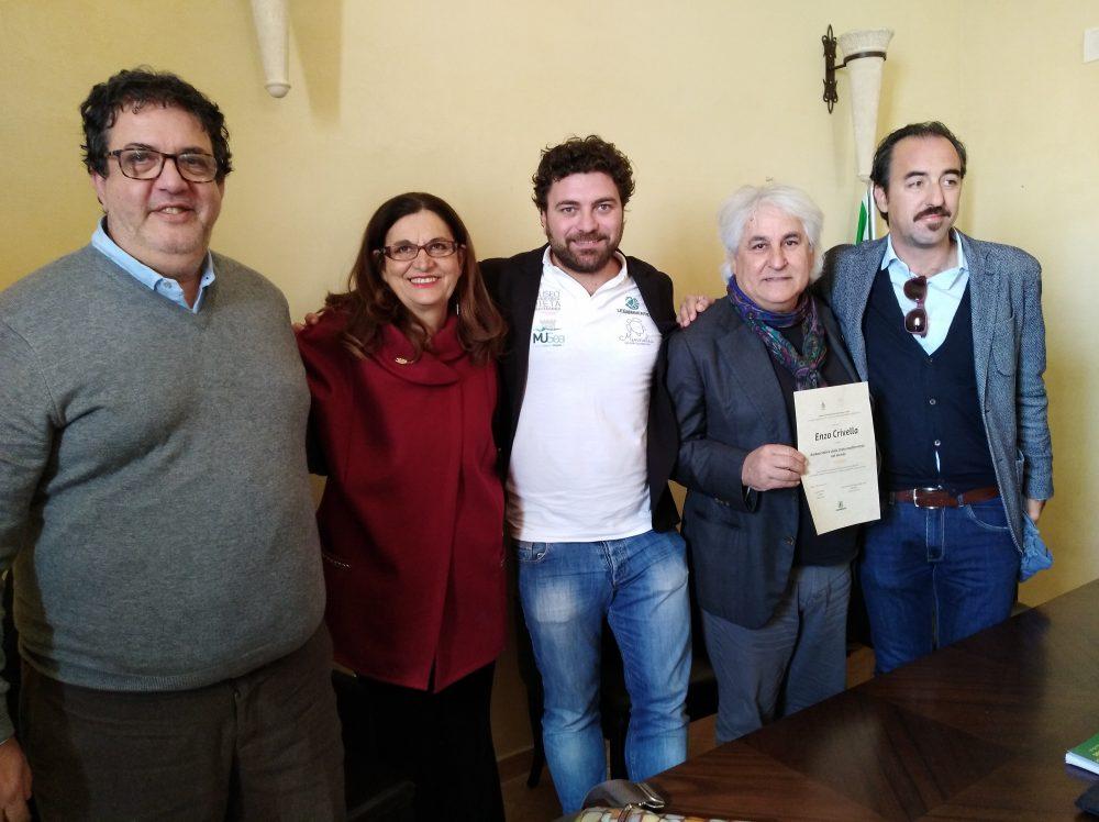 Luciano Pignataro, Enzo Crivella e Giovanna Voria ambasciatori nel mondo della Dieta Mediterranea con Valeiro Calabrese e Stefano Pisani