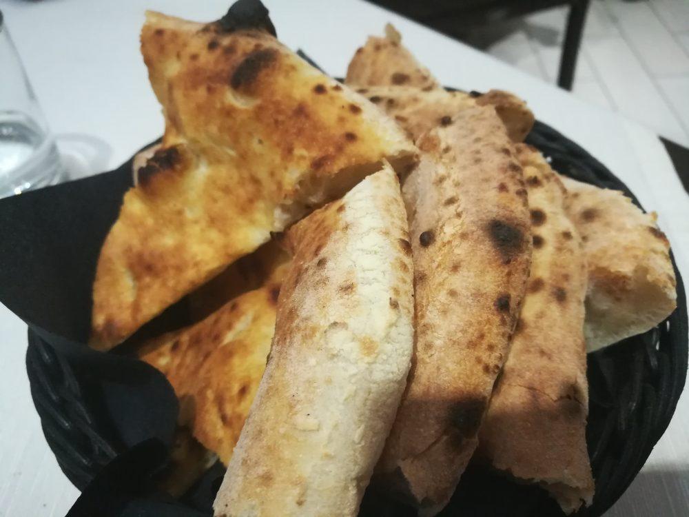 Pizzeria Bella Napoli da Camillo, panepizza