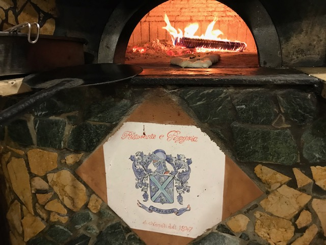 Pizzeria Capasso a Porta San Gennaro 1847 - Forno