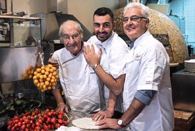 Pizzeria Capasso a Porta San Gennaro 1847 - Vincenzo, Giovanni e Vincenzo Paolo Capasso