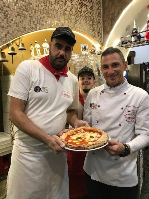 Pizzeria Mattozzi a Pizza Carita' dal 1833 - Paolo Surace e collaboratori