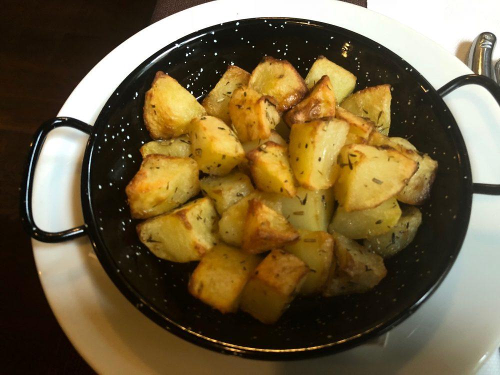 Taverna dei Viandanti, ...con patate al forno