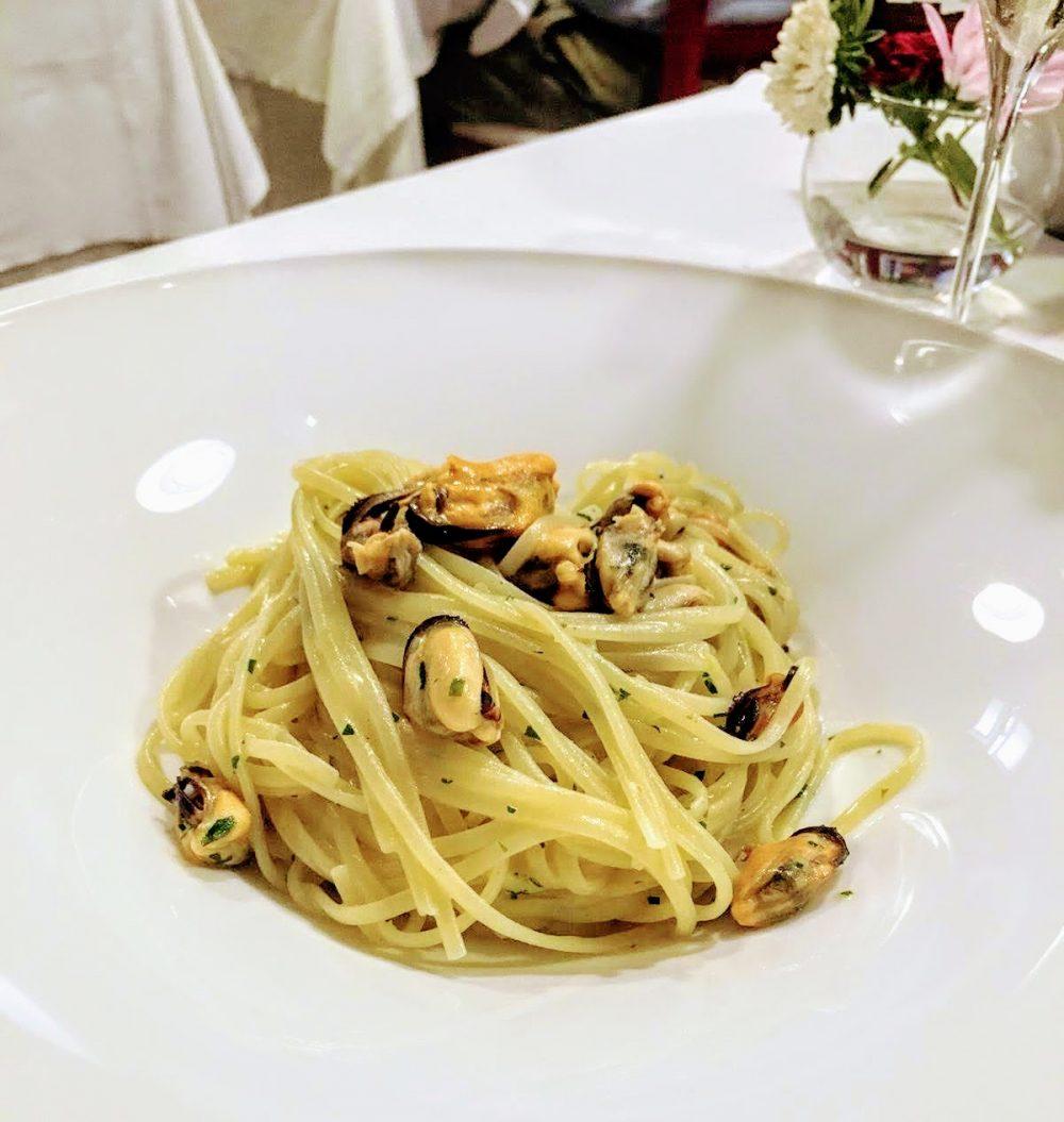 Osteria della Corte, Linguine, muscoli di Spezia e limone