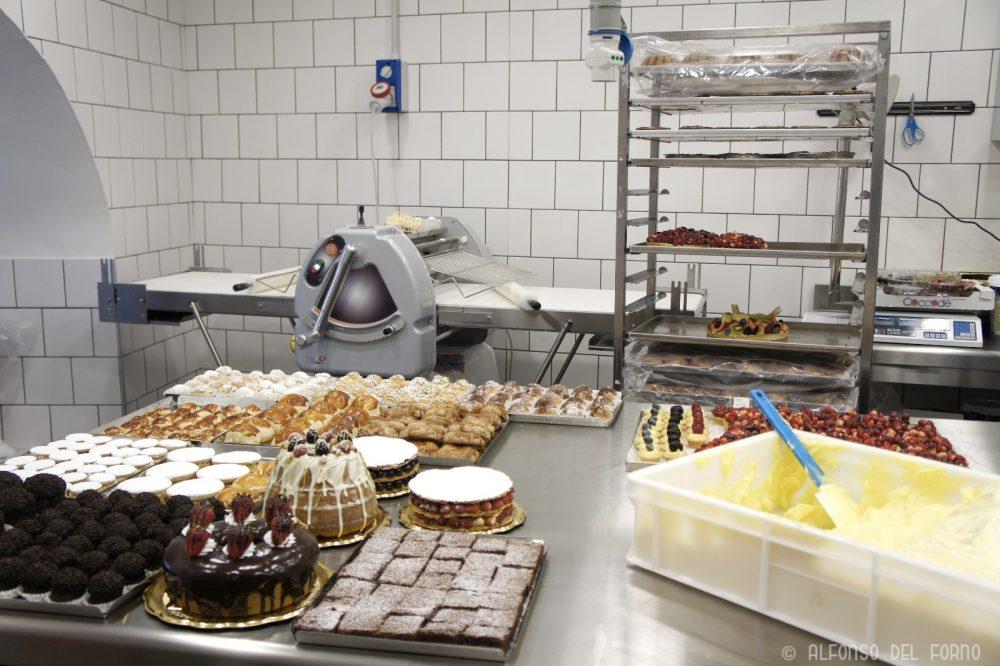 Laboratorio dei dolci senza glutine