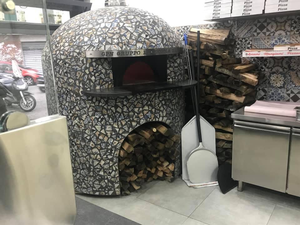 Pizzeria Paco Linus, forno