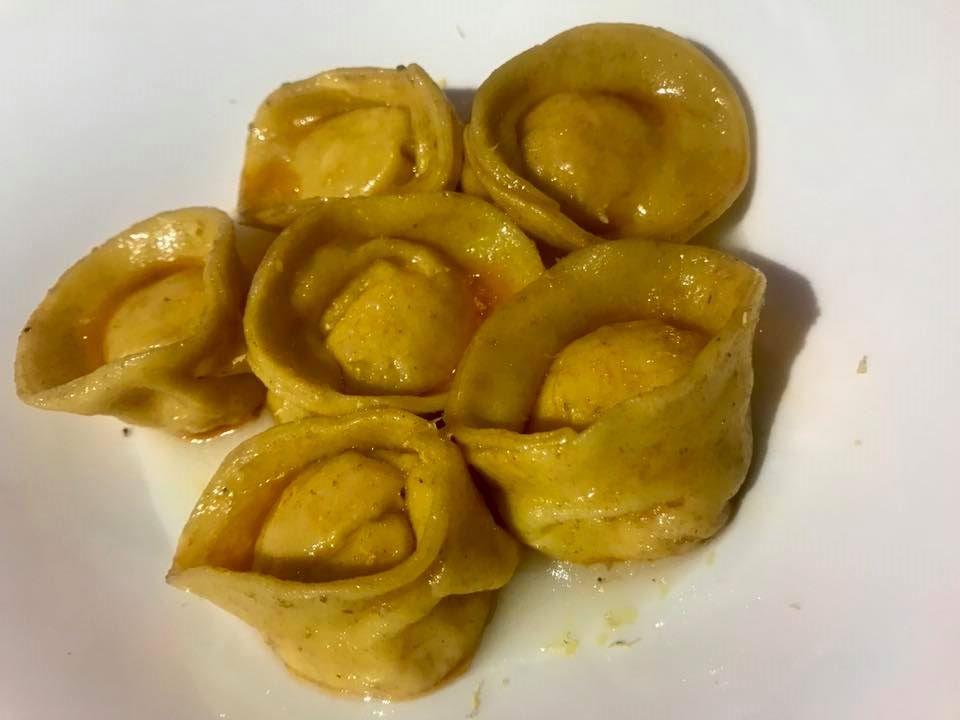 Massimo Carleo Home Restaurant Cappelletti con crostacei, la loro bisque e cavolfiore