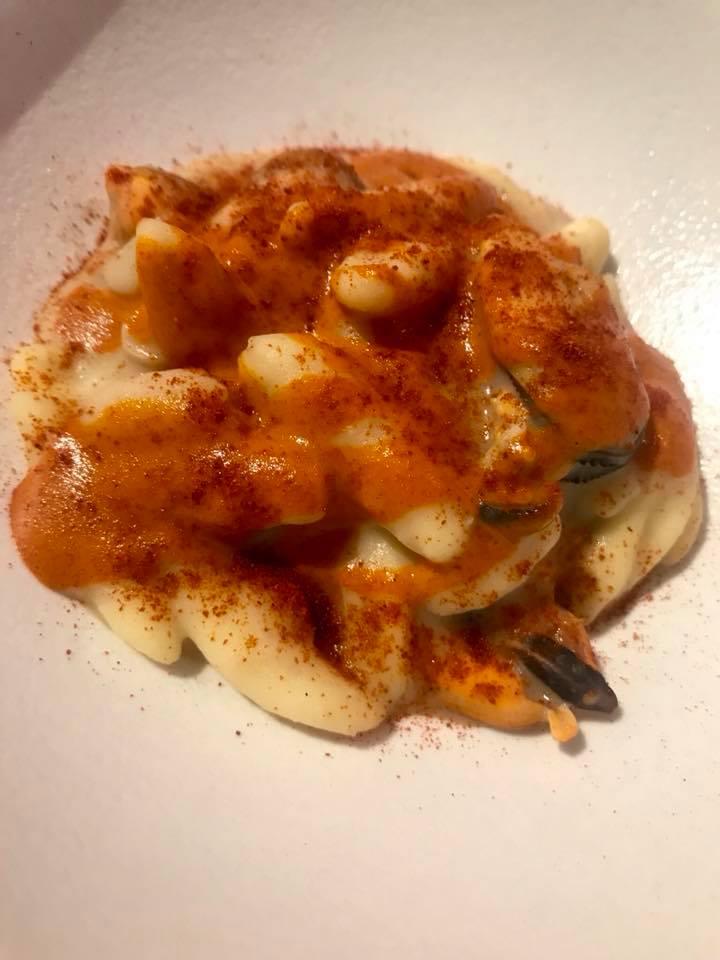Massimo Carleo Home Restaurant, cavatelli con fagioli, cozze e patate ai cruschi