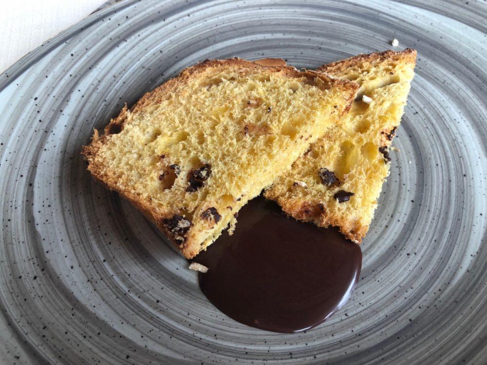 Al Vigneto, Grumello del Monte, colomba maison cioccolato e pere