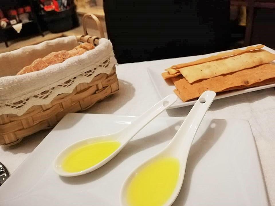 Il Cellaio di Don Gennaro - Pane e olio