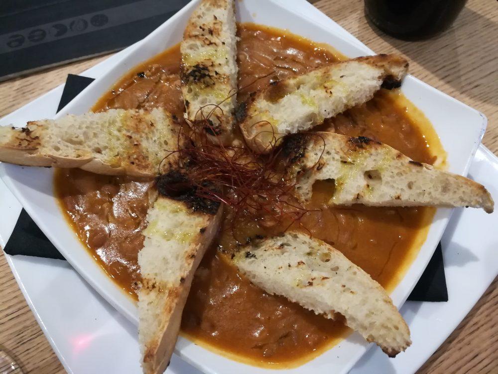 La Zuppa con Fagioli Cerati e Cipolla Alifana
