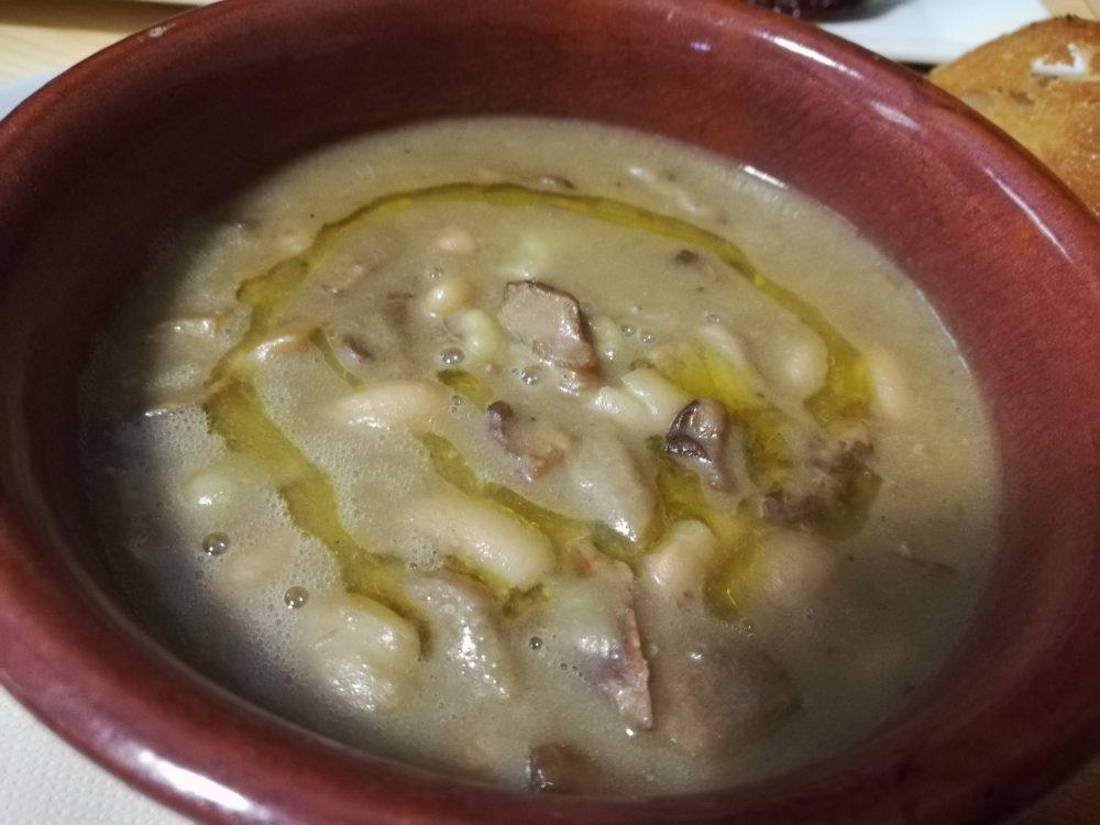Osteria Centouno - La Zuppa di Castagne con Fagioli e Porcini