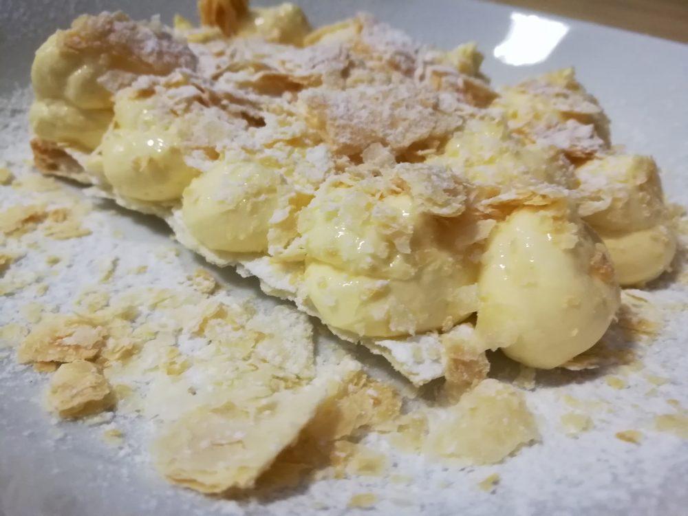 Osteria Centouno - - La millefoglie artigianale con crema al Greco di Tufo