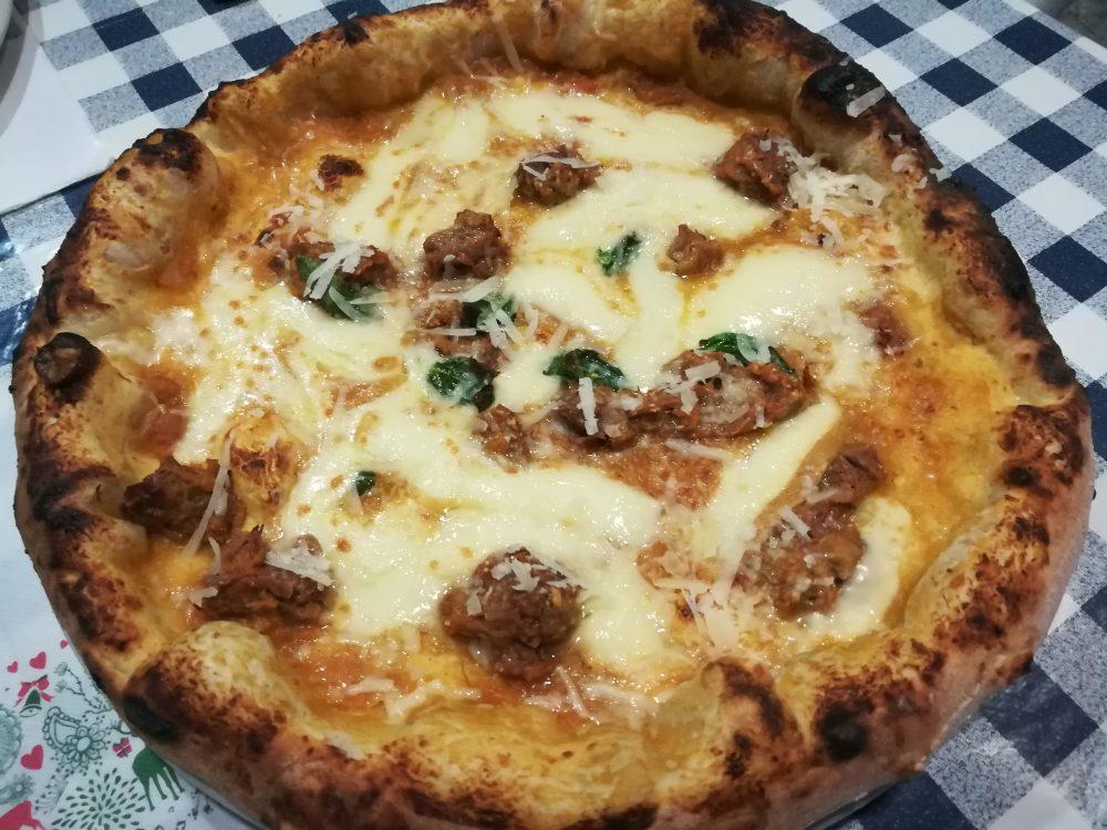 Pizzeria Napule e', Pizza Genovesa