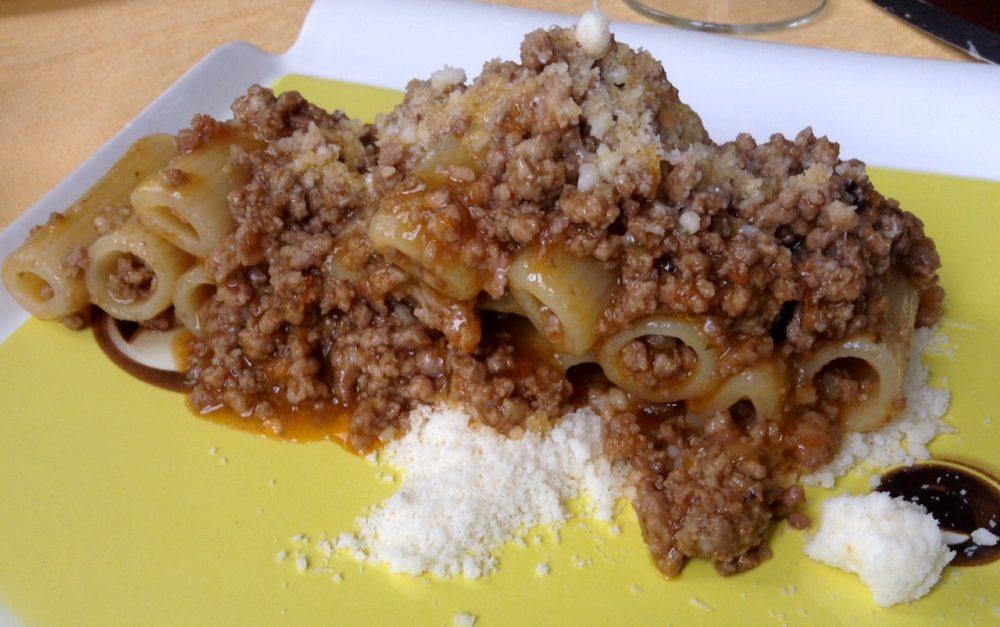 03 Osteria della Buona Condotta, Ornago, rigatoni con ragu' di luganega brianzola e grana padano