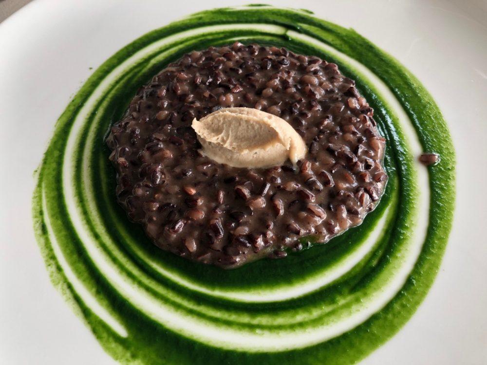 27 Ristorante Collina, Almenno San Bartolomeo risotto di riso venere, spinaci e cremoso di missoltini