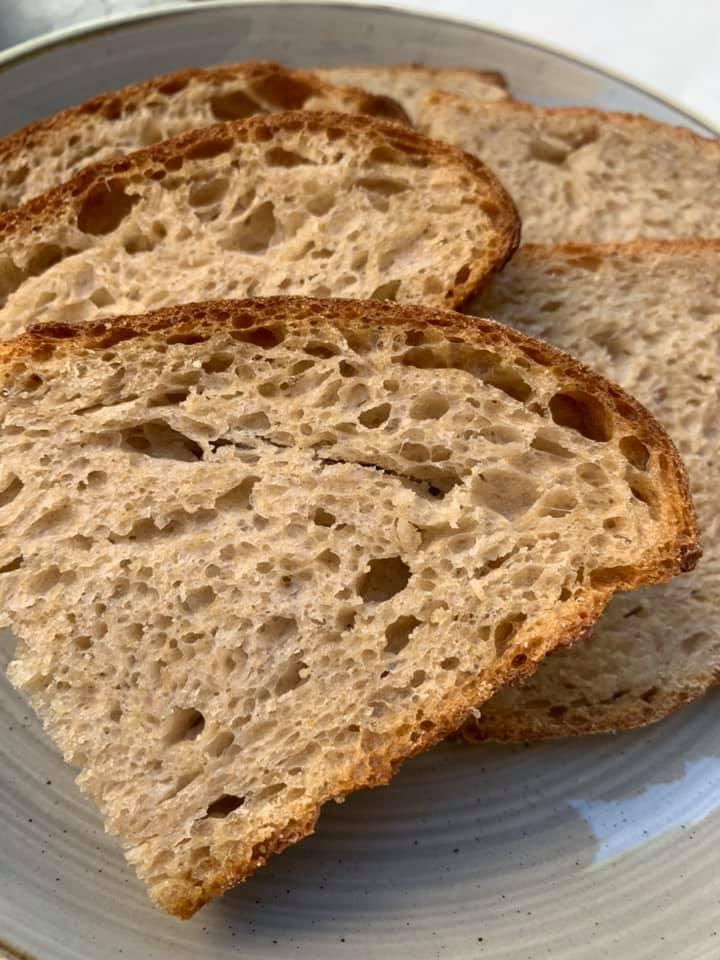 Resilienza, Il pane con i grani di Caselle In Pittari