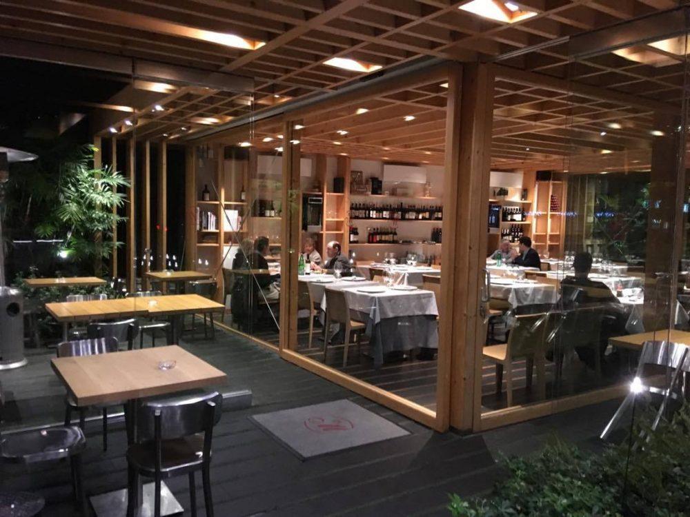 Gli interni del ristorante Mamma Mia