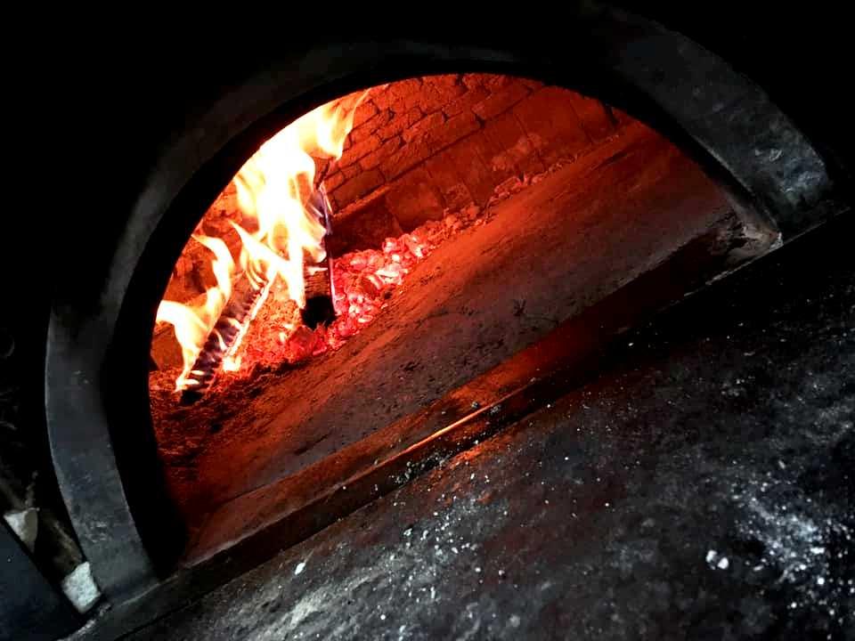 La Contrada - La fucina di Efesto, il forno della Contrada