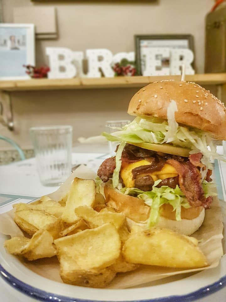 Public House Burger Gourmet