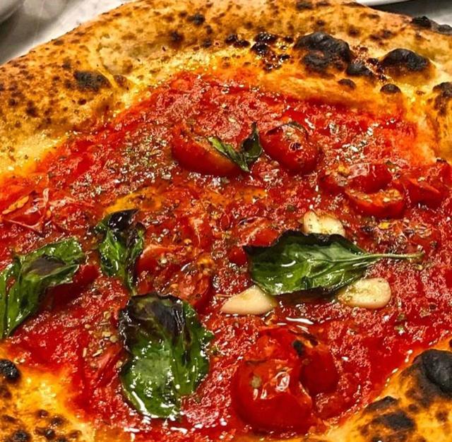 Lombardi a Santa Chiara - Pizza Marinara
