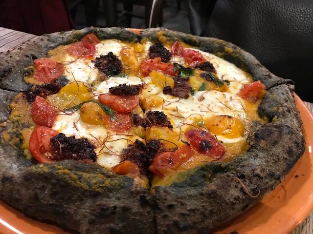 Pizzeria Ammaccamm - Pizza 'Nduja zuccata