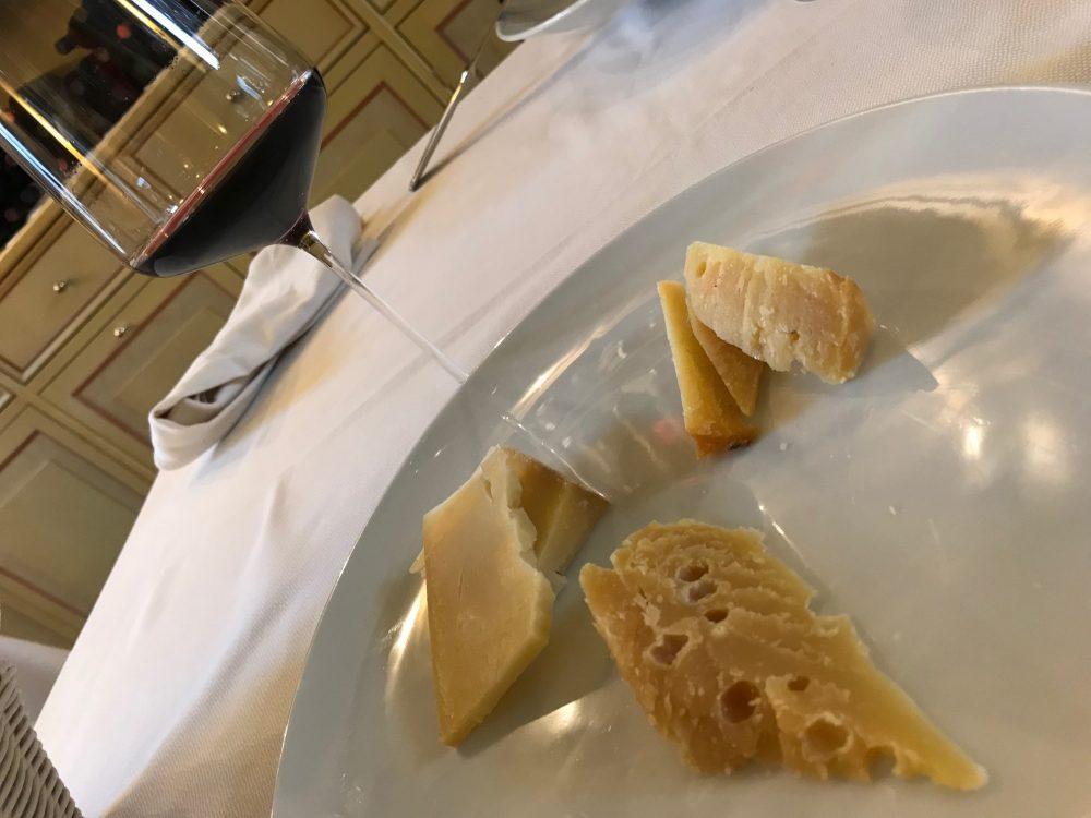 Trattoria Visconti, lo Storico Ribelle e il calice d'Aglianico