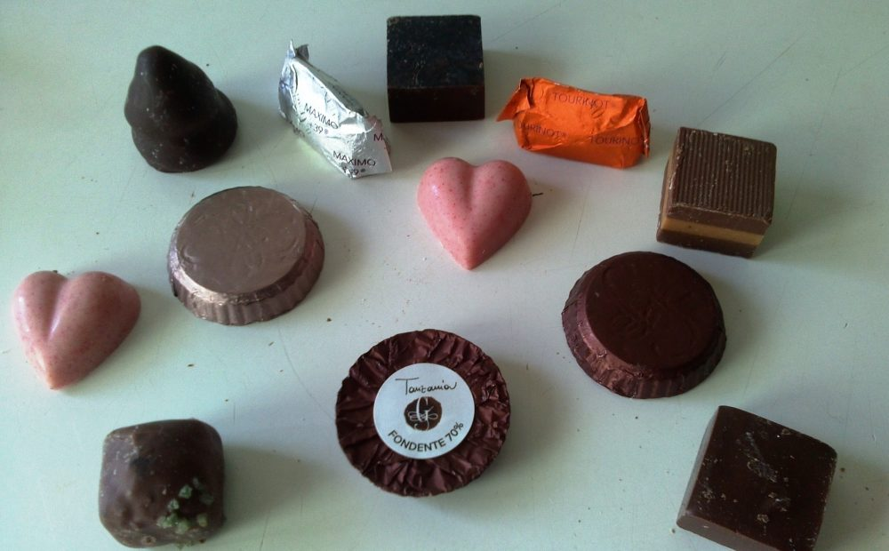 Gobino, assortimento di cioccolatini, pastiglie fondenti, gianduiotti al latte
