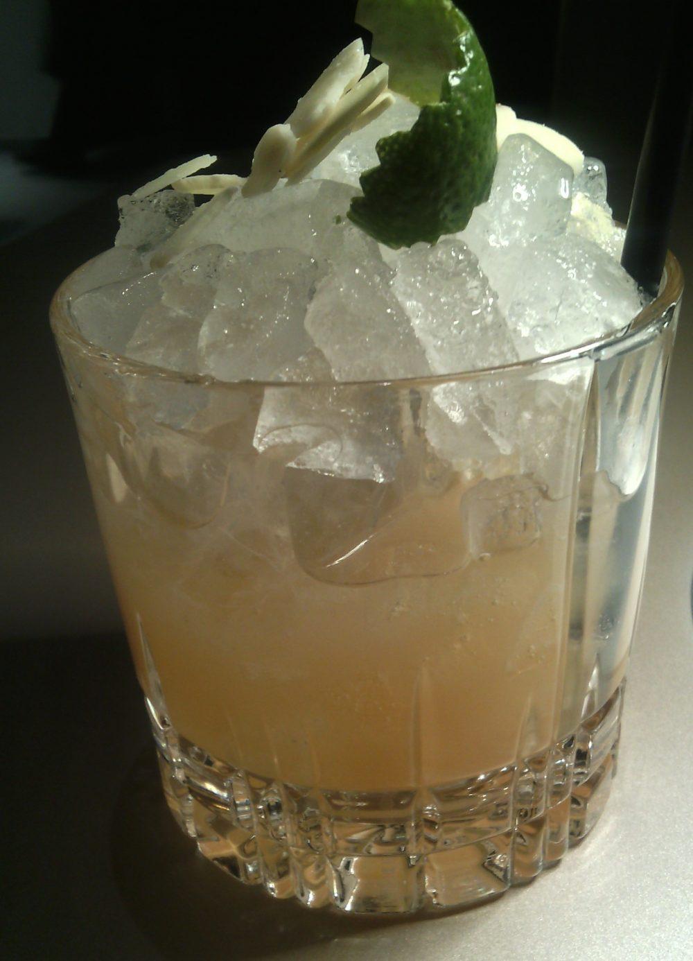 Identita' golose, il cocktail in abbinamento - Trinacria MAI TAI - Spremuta di arancia bionda, orzata home made, spremuta di bergamotto, Cognac Hennessy V.S., dry curacao