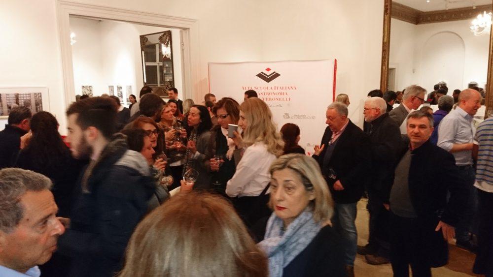 Presentata a Londra l'Alta Scuola Italiana di Gastronomia Luigi Veronelli