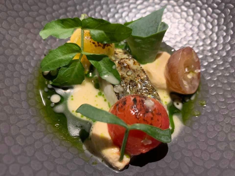 Marco Ambrosino, 28 Posti. Sgombro, taramosalata, salsa di orzo e aspergillus luchensis