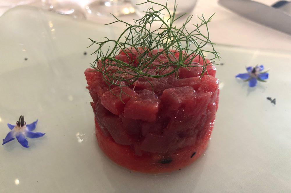 La Cantinella, Villammare, tartare di tonno e anguria